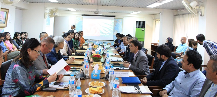 In-house meeting with an 8-member Chinese delegation